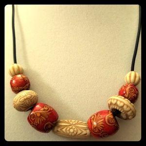 Vintage Handpainted Fleur de lis Beaded Necklace